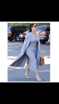 monotone looks for the fall and winter Kardashian Style 5eb9b534af670