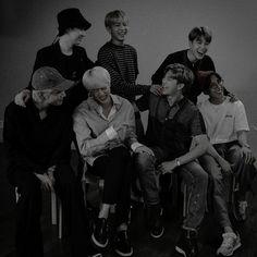 Bts Mv, Bts Bangtan Boy, Bts Taehyung, Bts Jungkook, Bts Group Picture, Bts Drawings, About Bts, Worldwide Handsome, Bts Pictures