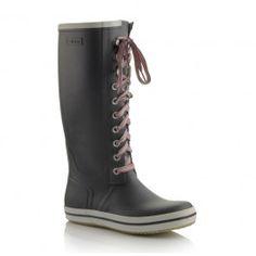 Retro w/striped laces in Black Viking Shoes, Viking Footwear, Vikings, Combat Boots, Fancy, Retro, Stylish, Color Black, Women