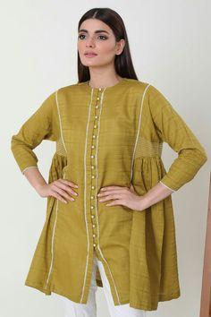 Stylish Dresses For Girls, Stylish Dress Designs, Designs For Dresses, Simple Pakistani Dresses, Pakistani Dress Design, Designer Party Wear Dresses, Kurti Designs Party Wear, Tunic Designs, Dress Neck Designs