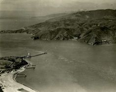 Golden Gate Bridge construction began Jan. 5, 1933. Photo: Chronicle Archives
