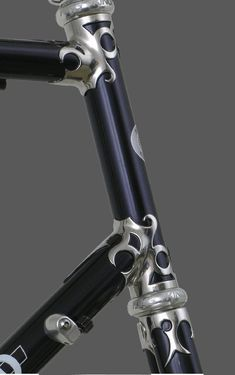 Waterford - RS-22 Scratch Lugs Post Modern Rococco Lug Style