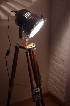 Lampen & Kerzen - DIE STEHLAMPE SCHEINWERFER LOFT TRIPOD INDUSTRIAL - ein Designerstück von adarus bei DaWanda