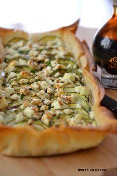 FILO Tarte feta courgettes courgettes minimum bon et léger MT Tart Recipes, Lunch Recipes, Healthy Dinner Recipes, Cooking Recipes, Cooking Pork, Easy Vegetarian Lunch, Vegetarian Recipes, Best Diet Foods, Food Porn