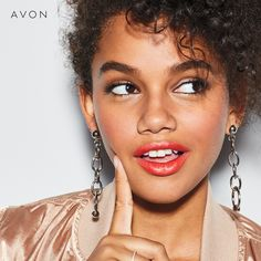 Discover AVON's Anew Vitamin C Brightening Serum. Energize your skin with this brightening serum and get that youthful glow. Chi Hair Products, Pure Products, Avon Products, Beauty Products, Vitamin C, Serum, Hair Essentials, Vitamins For Skin, Eye Lift