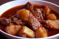 beef stew tastes so good and makes the house smell amazing. Meat Recipes, Mexican Food Recipes, Cooking Recipes, Ethnic Recipes, Recipies, Beef And Potato Stew, Potato Soup, Portuguese Recipes, Portuguese Food