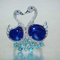 rcumbriaa.palmaresjewelleryWonderful piece set with Diamonds and Sapphires! Repost from @mariigem thank you!