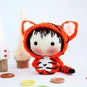 Куклы и игрушки ручной работы. Ярмарка Мастеров - ручная работа Маленькая Куколка Тигрёнок из серии Tanoshi. Handmade.