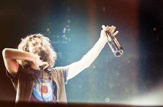 Eddie Vedder ringing in the new year