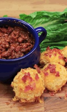 Pulled Pork Biscuits I Love Food, Good Food, Yummy Food, Yummy Appetizers, Appetizer Recipes, Pork Recipes, Cooking Recipes, Bisquick, Pork Dishes