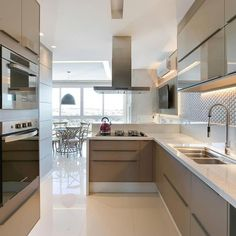 55 Elegant Kitchens Design Decor Ideas | lingoistica.com  #kitchendesign  #kitchendecor  #kitchenideas