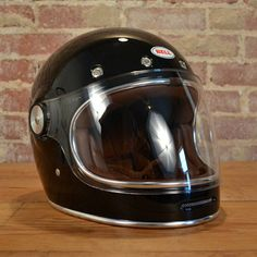 Bell helmet based on their original model. Custom Motorcycle Helmets, Motorcycle Gear, Harley Night Train, Motorbike Accessories, Bell Helmet, Riders On The Storm, Helmet Design, Metal Mesh, Cool Bikes
