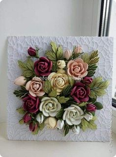 How to make a quilling rose - Simple Craft Ideas Neli Quilling, Paper Quilling Flowers, Quilling Work, Paper Quilling Patterns, Quilling Paper Craft, Quilled Roses, Quilling Ideas, Ceramic Flowers, Clay Flowers