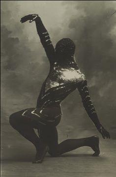 Vaslav Nijinski,  Les Orientales,  La danse siamoise, 1910.