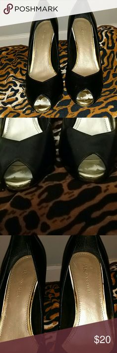 Anne Klein Black Peep Toes Work shoes anyone?? Slight tear on back heel. Fixable. 9.5. PreOwned but good condition Anne Klein Shoes Heels