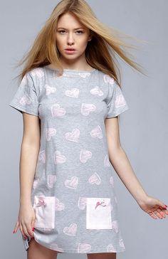 19e9805ce5ce9a Sensis Isidora koszula nocna Postaw na klasykę w wygodnym a zarazem uroczym  wydaniu, koszulka wykonana