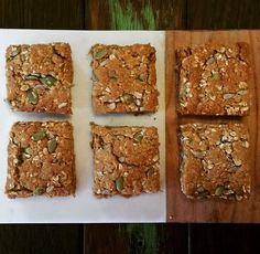 Thermotwinning: thermomix 30 second lunchbox oat slice Healthy Slice, Healthy Snacks, Healthy Recipes, Healthy Mummy, Healthy Bars, Fodmap Recipes, Bellini Recipe, Muesli Bars, Lunch Box Recipes