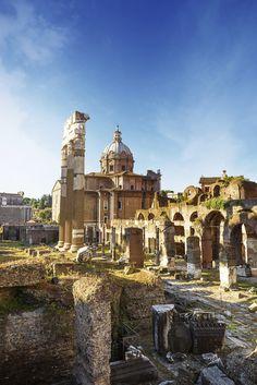 Roman Ruins // #Rome, #Italy