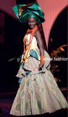Beautiful Traditional dress from www.fashionafrica.com