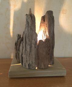 Lampe en bois flotté par l'Atelier de Corinne