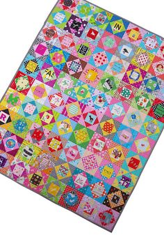 Red Pepper Quilts: Economy Block - I Spy - Quilt