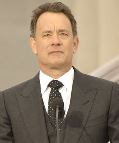 Tom Hanks despre a alege – International Witches Tom Hanks, Mai, Witches, Toms, Suit Jacket, Breast, Celebrity, Spaces, Bruges