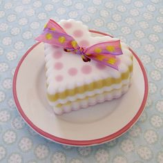 Cute as a Button soap tutorial by soapylovedeb, via Flickr