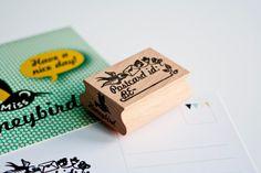 Postcrossing stamp from Miss Honeybird. Deze wil ik hebben voor NL. Maar is nergens te vinden.