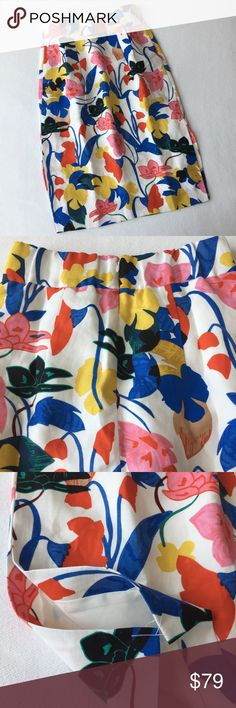 J.Crew Midi Skirt in Flower Print 👇PLZ READ THE COMPLETE DESCRIPTION BEFORE COMMENTING! Thank u!👇  Brand new with tag Size: 4P Retail: $118 51% lyocell, 49%linen Lining: 100% polyester  Color may be slightly different bcz of lighting  🍀Price is FIRM unless bundled🍀 💯AUTHENTIC   ❌Trades ❌Holds All sales r final Welcome product-related questions! Ur responsible for ur size. J. Crew Skirts Midi