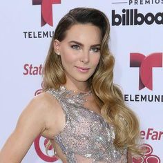 Belinda's Old Hollywood waves at the Billboard Latin Music Awards