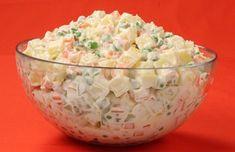 Domácí majonézový salát. Autor: jitule Crispy Pickles Recipe, Baked Pickles, Russian Dishes, Russian Recipes, Borscht Soup, Unique Recipes, Ethnic Recipes, Beet Soup