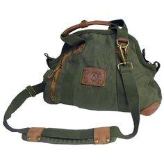 Kakadu Traders Small Doctor's Bag, made from Heavy Canvas. Kakadu Canvas Weekender. Outback Traveller Bag. Weekender Sporty Bag. Kakadu Australia Style Weekender Bag. Weekender, Sportbag, Yoga Bag.