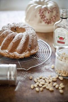 Kouglof: pour tes matins de Noël recettes de cuisine patisserie cuisine regionale. Christmas recipes from Alsace, France