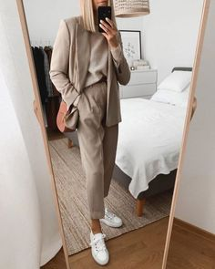 Wearing all beige is really trend this season. That's why I want to show you some beige outfit ideas, so you can get inspired from them. Beige Outfit, Zara Outfit, Hijab Outfit, Bali Fashion, Fashion Mode, Look Fashion, Winter Fashion, Womens Fashion, Fashion Trends