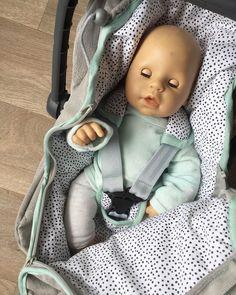 van Tara ⋒ (@vantara.nl) • Instagram-foto's en -video's Baby Car Seats, Van, Children, Instagram, Young Children, Boys, Kids, Vans, Child