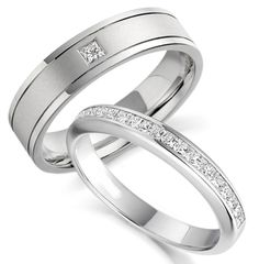 Diamond eternity ring with engraving on the side white gold