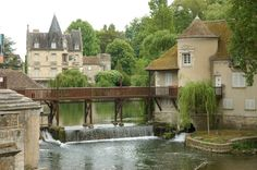 Moret sur Loing, France, so beautiful!