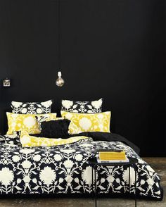 i would hate to paint over the black..but this bed is gorgeous!
