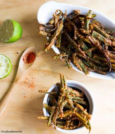 Indian style Okra marinated in warm Indian spices and fried to crispy perfection! Indian Appetizers, Indian Snacks, Indian Food Recipes, Ethnic Recipes, Vegetable Recipes, Vegetarian Recipes, Cooking Recipes, Healthy Recipes, Curry Recipes