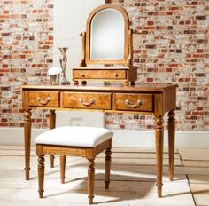 Baltimore Dressing Table with Drawers £922.50