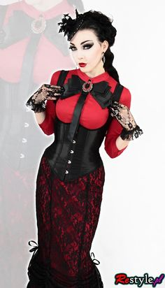 Love this gothic with a classy burlesque  steampunk vibe