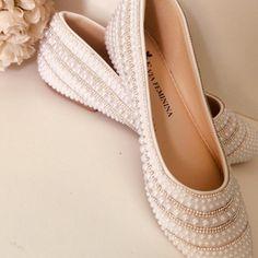 2d4541d41d8d8 Sapatilha para noiva perola e strass no Elo7   Entre Laços & Sapatos  (9F5B60)