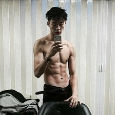 Image about style in Ulzzang by AwkwardLittleBean Korean Boys Hot, Korean Boys Ulzzang, Hot Asian Men, Ulzzang Boy, Korean Men, Beautiful Boys, Pretty Boys, Cute Boys, Cute Blonde Boys