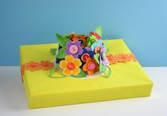 Bouquet Gift Topper created with the Fiskars Fuse Creativity System