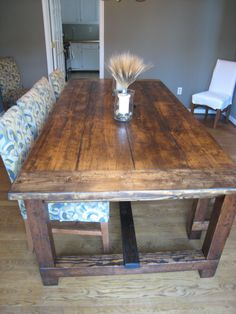 Rustic Farmhouse Dining Room Tables make this perfect farmhouse dining table inspiredrestoration