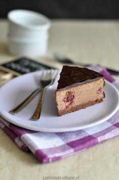 Pyszny czekoladowy sernik z wiśniami - Czekoladą Utkane