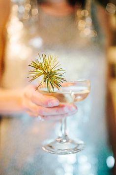 Events In the City's design details included mini handmade gold sparkly swizzle sticks in champagne saucers. Ma Baker, Great Gatsby Party, Nye Party, Oscar Party, Party Time, Drink Stirrers, Art Deco Wedding, Gatsby Wedding, Wedding Gold