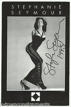 STEPHANIE SEYMOUR FASHION MODEL & ACTRESS VINTAGE AUTOGRAPH SIGNED PHOTO CARD