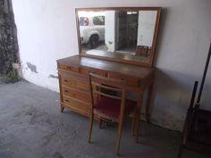 Antiga Penteadeira Anos 50 Com Cadeira (cod.1552) - em Mercado Livre