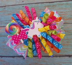 Unicorn hair bow, Unicorn and Lollipop hair bow, Unicorn party hair bow, Unicorn hair bow, Unicorn t Toddler Hair Bows, Baby Hair Bows, Ribbon Hair Bows, Bow Hair Clips, Ribbon Flower, Fabric Flowers, Unicorn Headband, Unicorn Hair, Unicorn Party